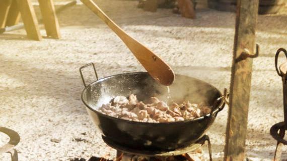 Mangez jusqu'à plus faim dans les tavernes !